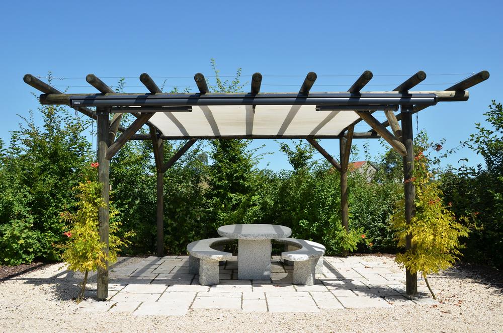 Tuin prieel een uniek ontwerp voor een betaalbare prijs. tuin